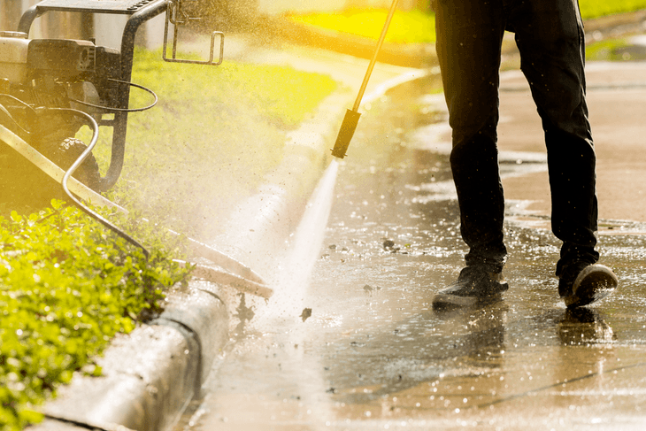 Using the right pressure washer wand can help you complete the task quickly.