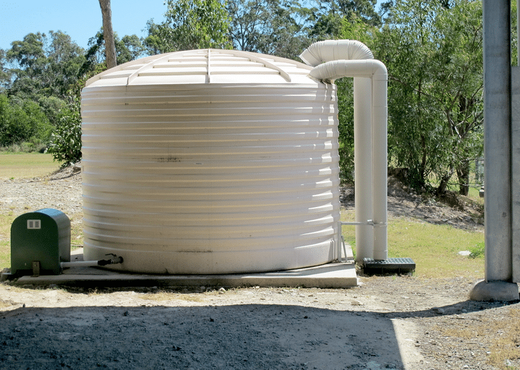 It is much easier to run a pressure washer through electricity, but running it off a water tank is also possible and works the same way